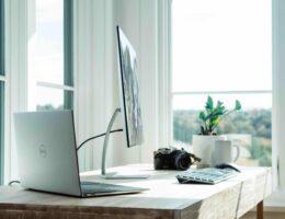 Een inspirerende thuiswerkplek creëren voor een prikkie